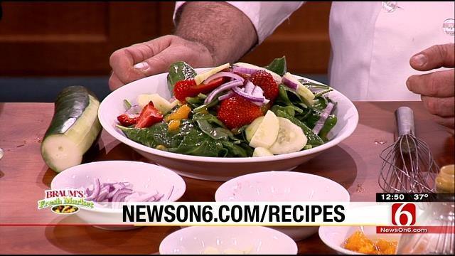 Mandarin Orange And Strawberry Spinach Salad