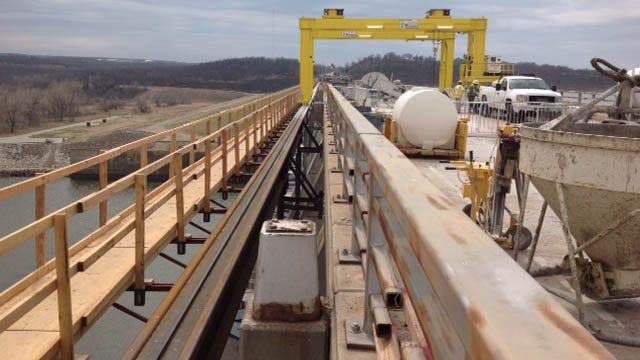 Special Saw, 'The Beast', Cuts Through Concrete Bridge Over Keystone Dam