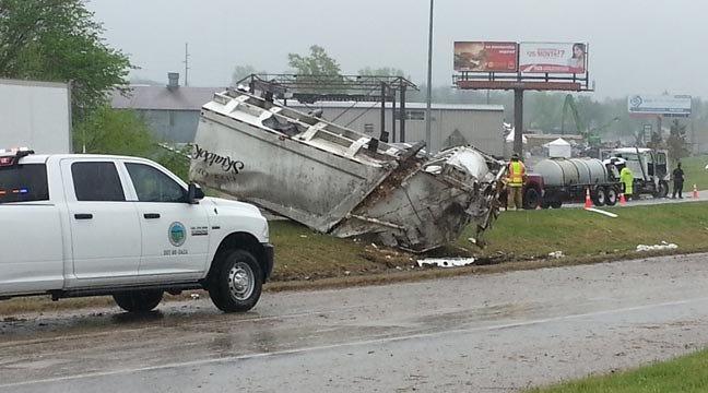 Tulsa Rollover Wreck Shuts Down Northbound Highway 75 Near Apache
