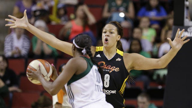 Cambage To Stay In Australia, Miss 2014 Season