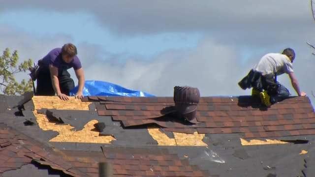 Neighbors Help Neighbors Dig Out From Quapaw Tornado