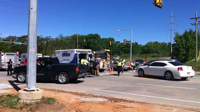 Two Die After Car Hits Tulsa City Contract Workers