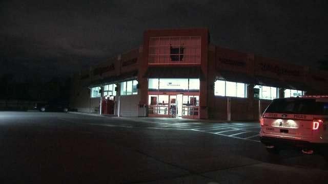 Tulsa Police Investigate Drug Store Armed Robbery
