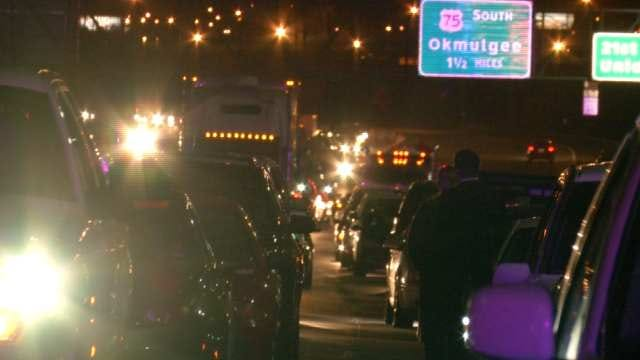Pile Up On Highway 75 In Tulsa Injures One