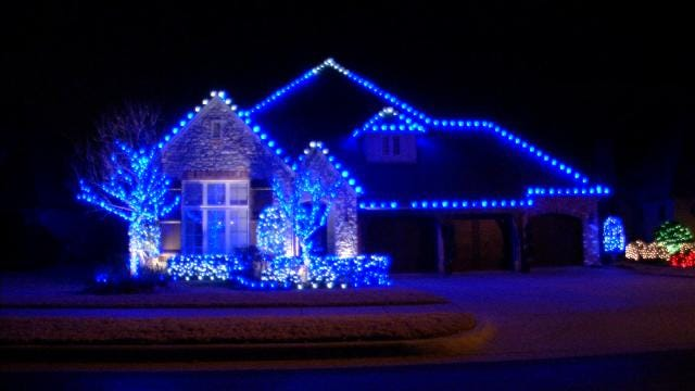 Lawn America, News On 6 Deck Out Jenks Home In Christmas Lights