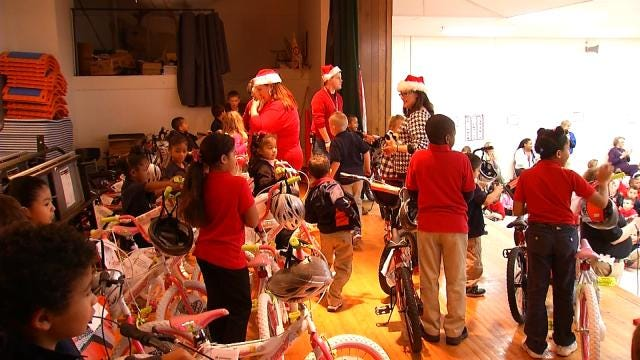 Academy Donates Bikes To Oklahoma Students With Improved Attendance
