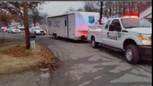 Claremore Police Deliver Gifts To Children