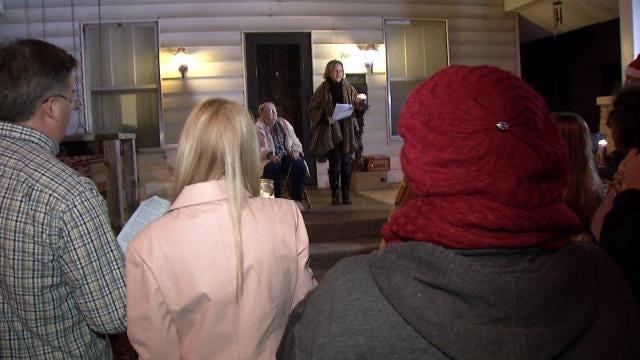 Carolers Bring Joy To Muskogee Woman Beaten By Robbers