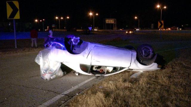 Tulsa Police Respond To Rollover Wrecks