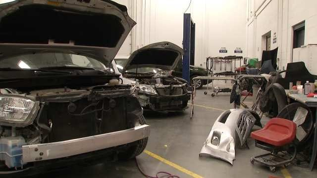 Oklahoma Body Shops Stacked Up After Winter Weather Wrecks