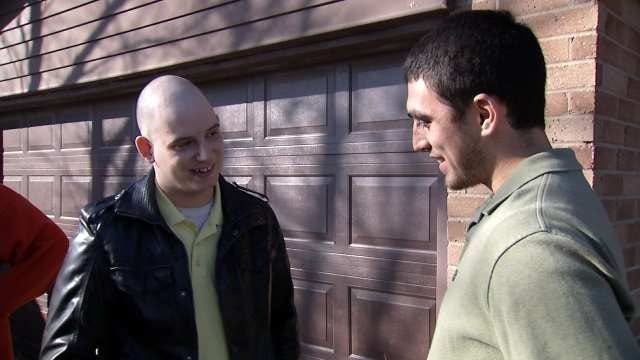 Two Oklahoma National Guardsmen Bond After Car Accidents
