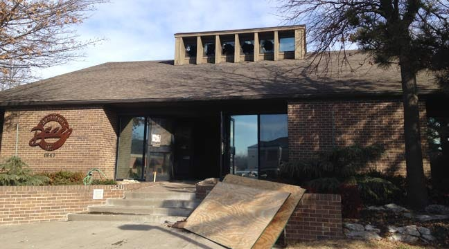 Tulsa Firefighters Fall Through Floor Battling Business Fire