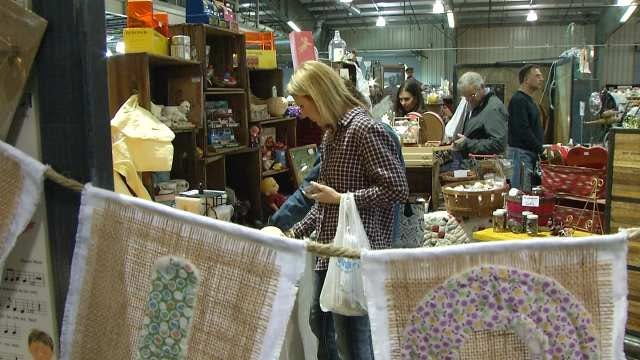 Vintage Tulsa Antiques Show At Fairgrounds Through Sunday