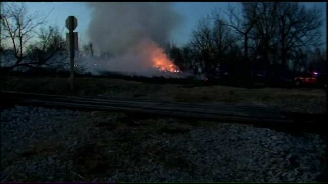 Grass Fire Burns Three Wagoner County Homes