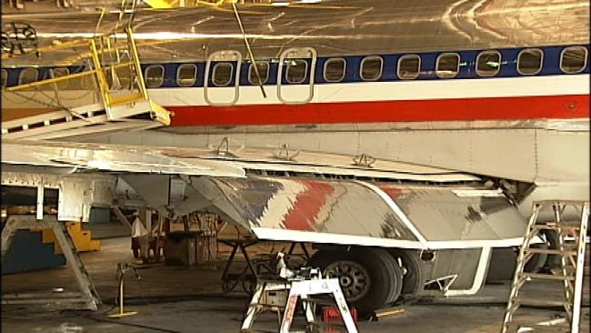 American Airlines: Changes At Tulsa's Maintenance Base Avoid Layoffs