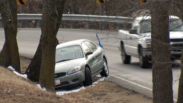 Scattered Vehicles On Oklahoma Streets Delaying Tow Truck Companies