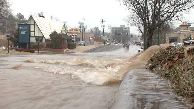 Midtown Water Main Break Closes Portion Of 21st Street