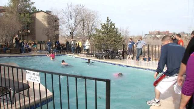 Tulsans Continue Icy Tradition With Polar Bear Plunge