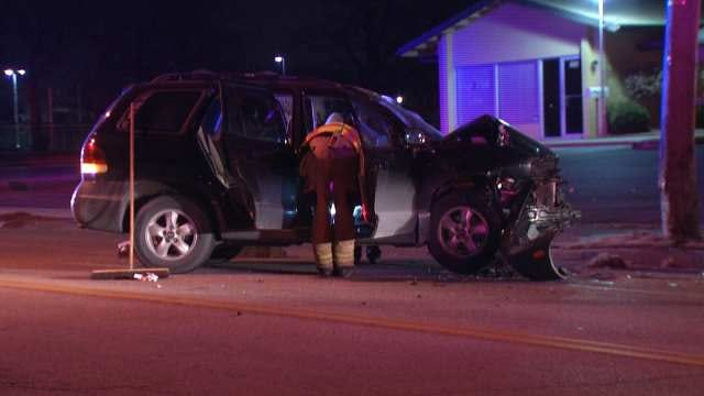 Police Investigate After SUV Hits Tulsa Utility Pole