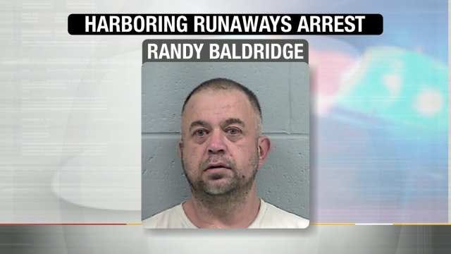 Ex-Rogers County Official Charged With Harboring Runaways