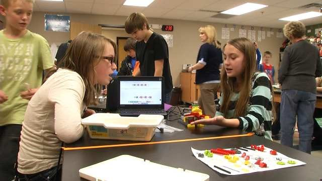 Broken Arrow Schools awarded 'STEMulating Teaching' Grant