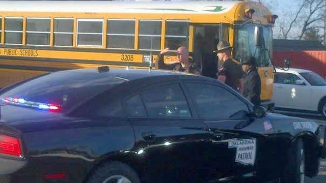 Students Not Injured In Minor Tulsa School Bus Crash On I-244
