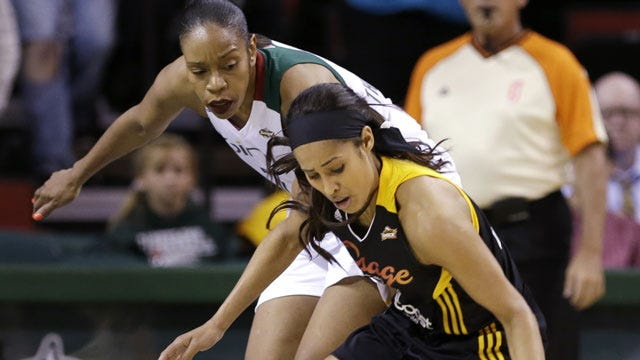 Diggins To Appear In NBA All-Star Celebrity Game