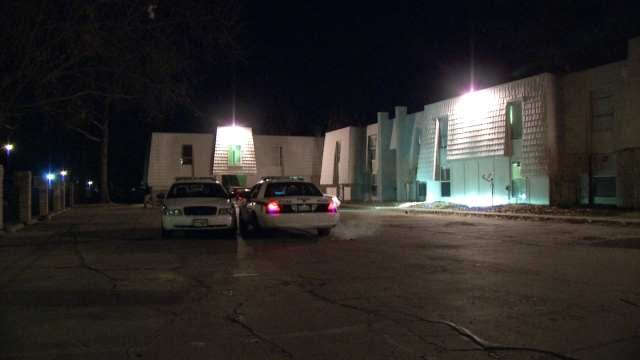 Police: Two Stabbed During Fight At South Tulsa Apartment