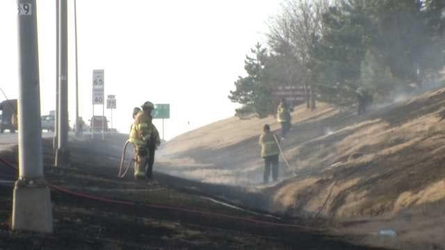 Tulsa Fire Department Extinguishes Grass Fire At I-44, Highway 75 Interchange