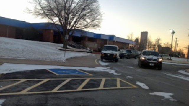 Tulsa Area Schools Open, Many Others Cancel Classes