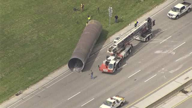 No Injuries When Giant Pipe Falls Off Truck, Blocks Eastbound I-244