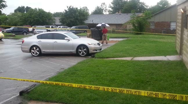 Tulsa Police Find Guns, Arrest Brother After Pregnant Woman Wounded