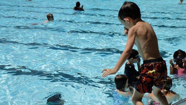 Tulsa Park Participates In World's Largest Swim Lesson