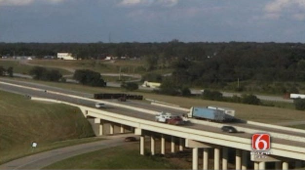 I-44 Near Sapulpa Reopened After Overturned Semi Closed Eastbound Lanes