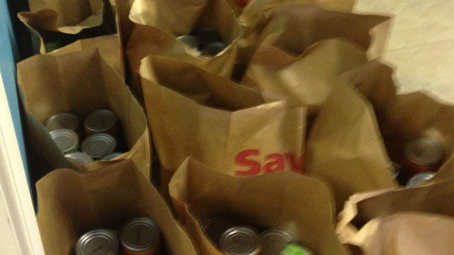 Tahlequah Church Holds Drive-Thru Grocery Giveaway