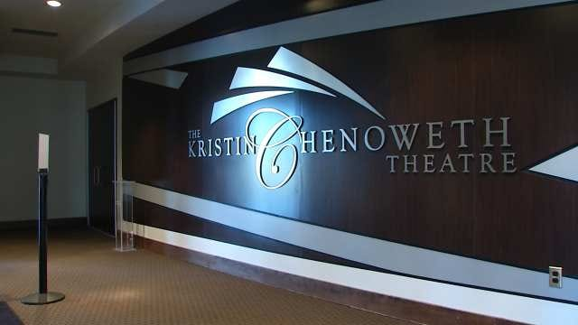 Broken Arrow Alum Kristin Chenoweth Gives Back To High School