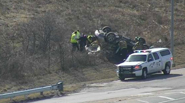 Man Critically Injured In Tulsa Rollover Wreck On Highway 75