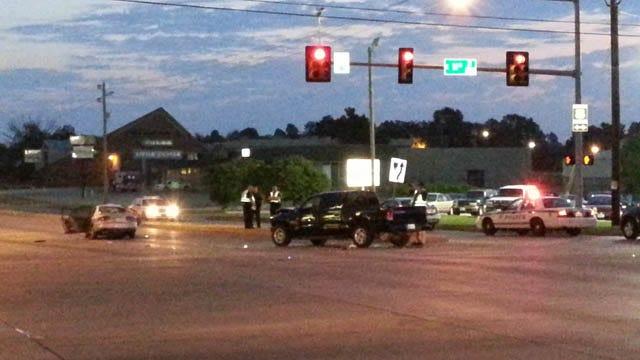 Father Of Teen Killed In Tulsa Car Crash Claims Drivers, Mitsubishi Negligent