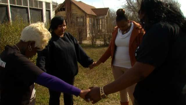 Community Unites For Tulsa Man Shot And Killed By Police