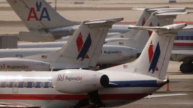 Pilots At American Eagle Reject Contract Offer