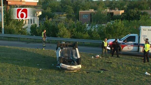 Woman Killed, Child Hurt In Rollover Crash On Broken Arrow Expressway