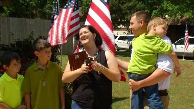 Oklahoma Soldier, Family Receive Keys To New Home