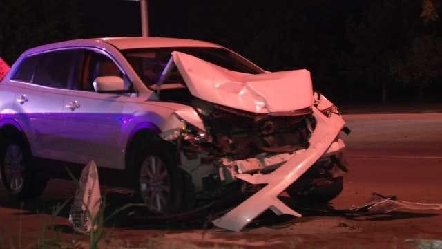 Three Injured When SUVs Crash On Tulsa Riverside Drive