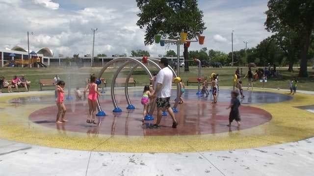 Manion Park Splash Pad Opens In Tulsa
