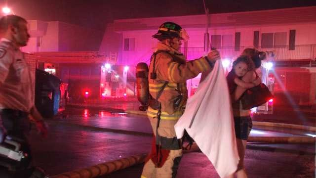 Residents Escape East Tulsa Apartment Fire