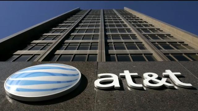 AT&T 'Baited' Customers With Unlimited Data Plans, FTC Says