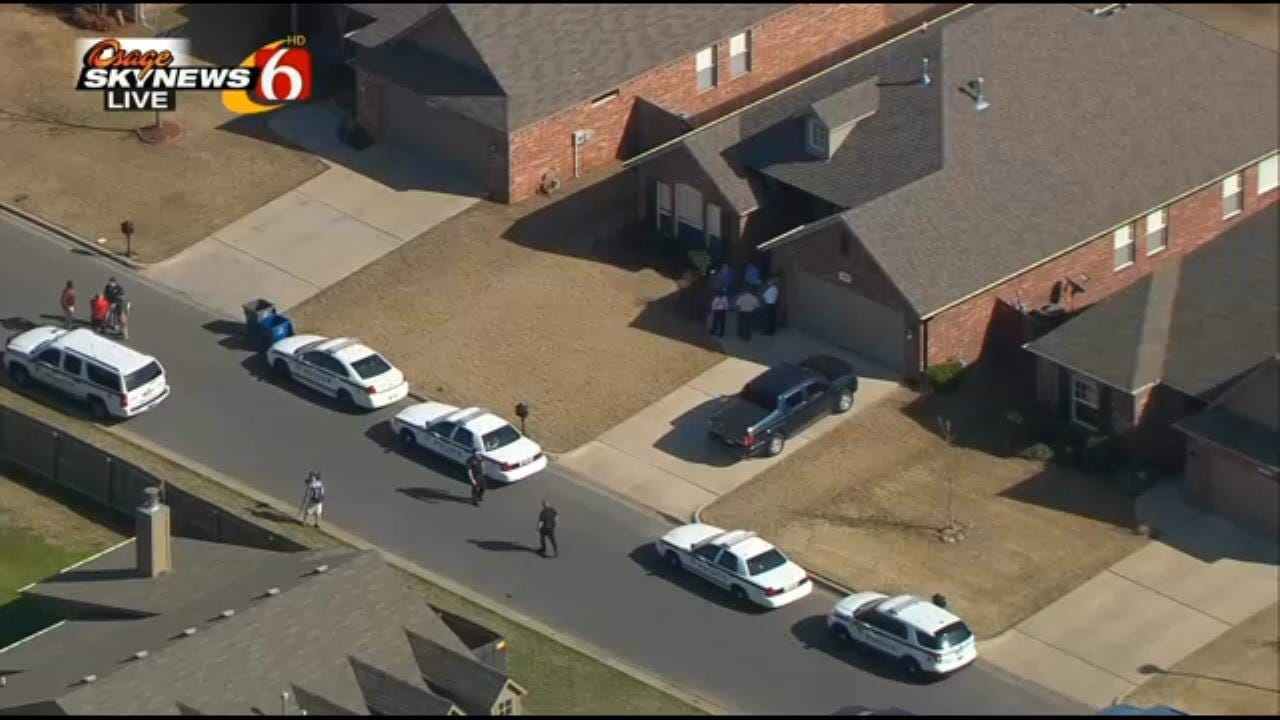 Police: Family Of Four Found Dead In East Tulsa Home In Apparent Triple-Murder Suicide