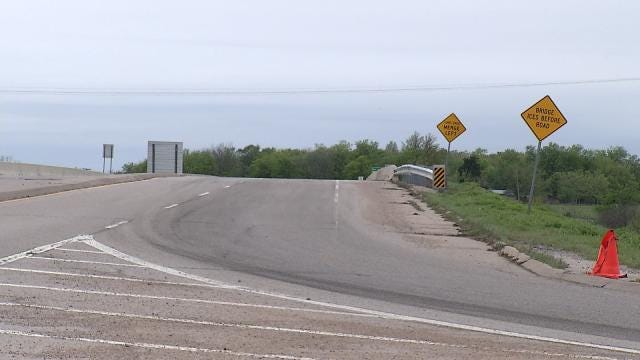 Watch Out For Workers On Highway 266 Bridge