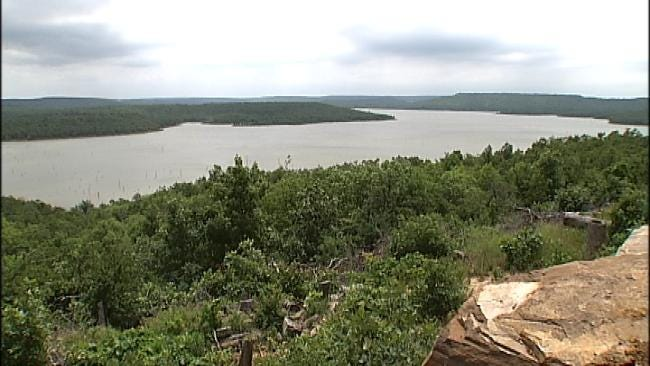2 Men Missing On Lake Eufaula; OHP Suspends Search Until Morning
