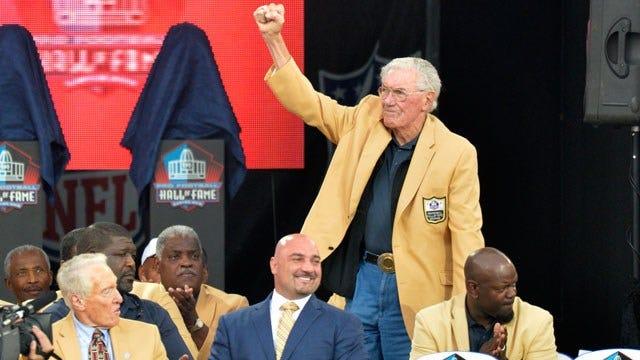 NFL, TU Hall Of Famer Bob St. Clair Passes Away